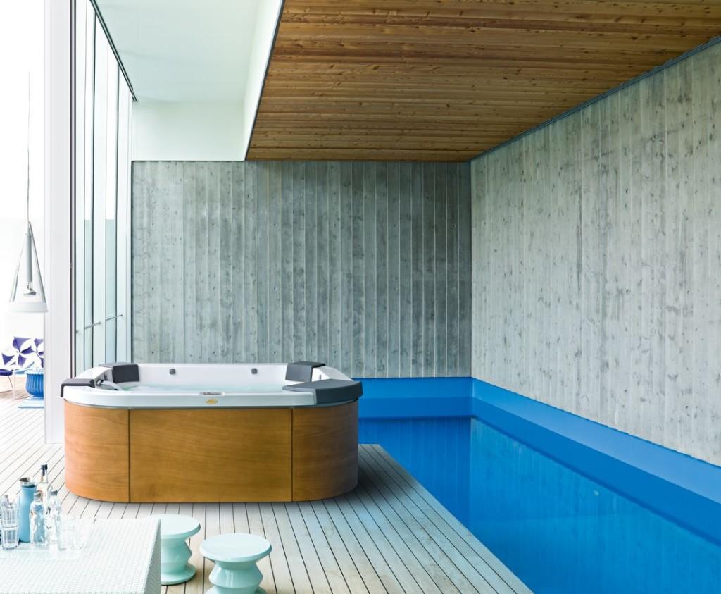 Italian Design Delos – mini-basen Spa dla 4 osób, jedno miejsce leżące, wymiary 215 x 190 x 80 cm.